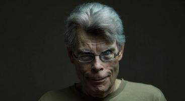 stephen-king-scary-portrait
